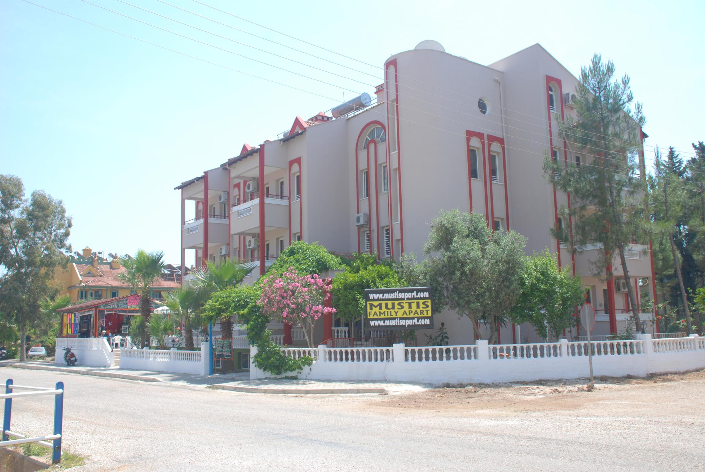 Mustis Family Apartments