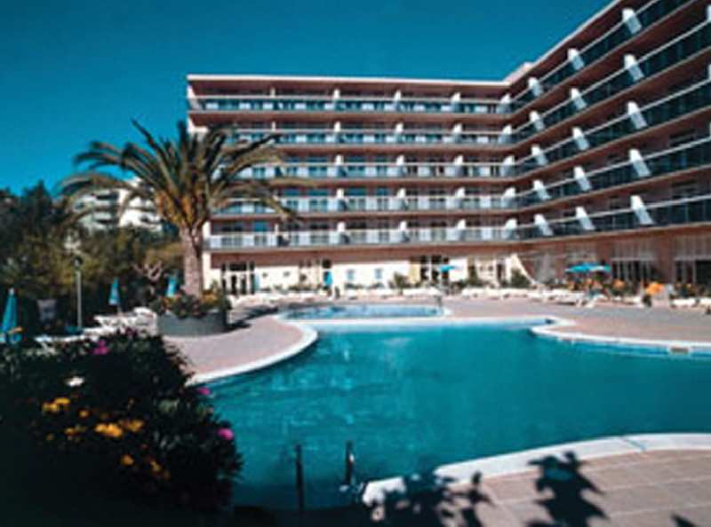Aparthotel Cye Holiday Center