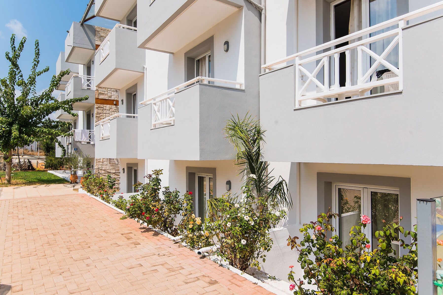 Vagelis Comfort Apartments - Adult Only