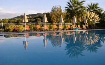 Kefalonia 4* Bed & Breakfast from only £259