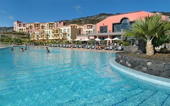La Palma 4* Bed & Breakfast saving 37% from only £239