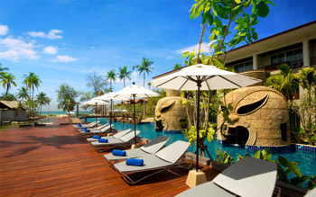 Thailand Twin Centre 5* Bed & Breakfast saving 35% from only £699