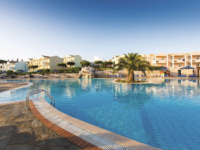 Corfu: 4 Star All Inclusive By the Beach w/ Low Deposits