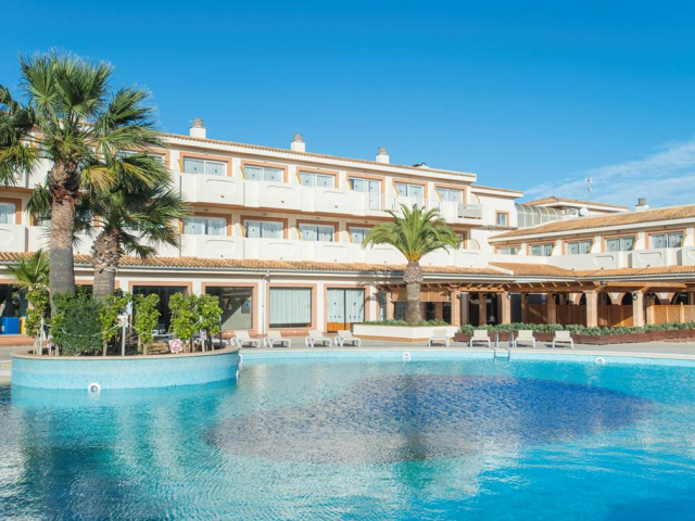 Majorca 4-Star Self Catering - SAVE 36%