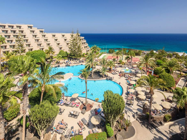 Award Winning 4* Lanzarote All Inclusive Seafront Holiday