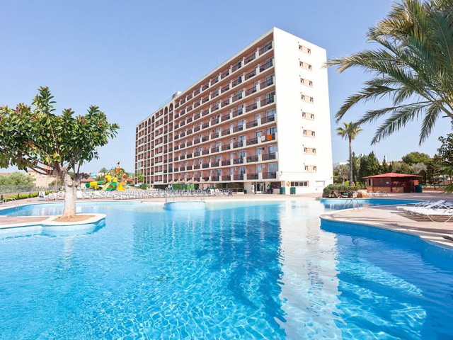 4* Majorca All Inclusive Beach Week w/ Splash Park