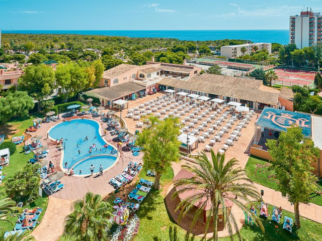3* Majorca All Inclusive w/ Kids Stay FREE & Splash Park