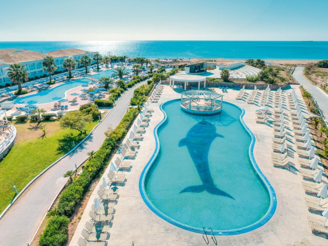 4* Beachfront Corfu All Inclusive Family Favourite