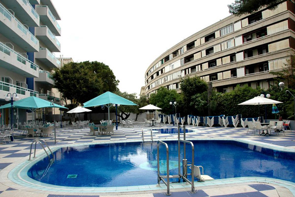3* Salou Half Board Break with Great Hotel Location