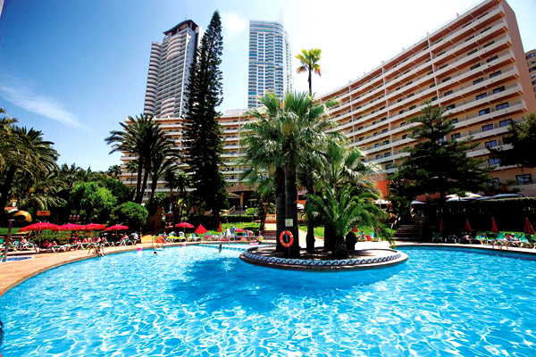 Deluxe 4* Break to Benidorm with FREE Kids Stay
