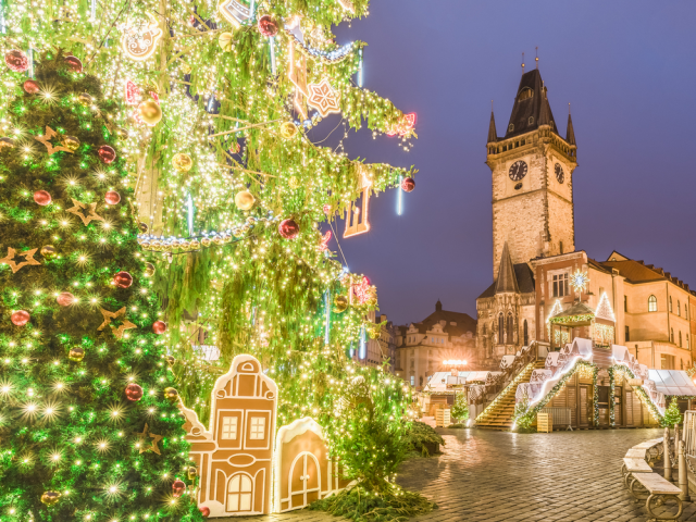 3* Xmas Market Break to Prague w/ Breakfast