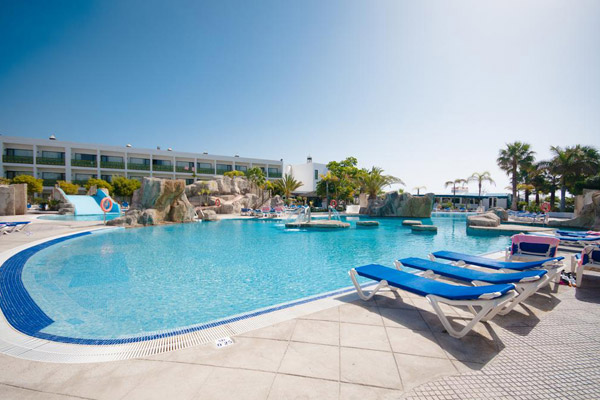 4* Lanzarote All Inclusive Family Favourite By the Beach