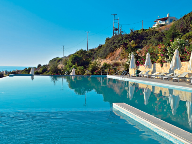 Crete: 5 Star All Inclusive w/ Private Beach & Spa