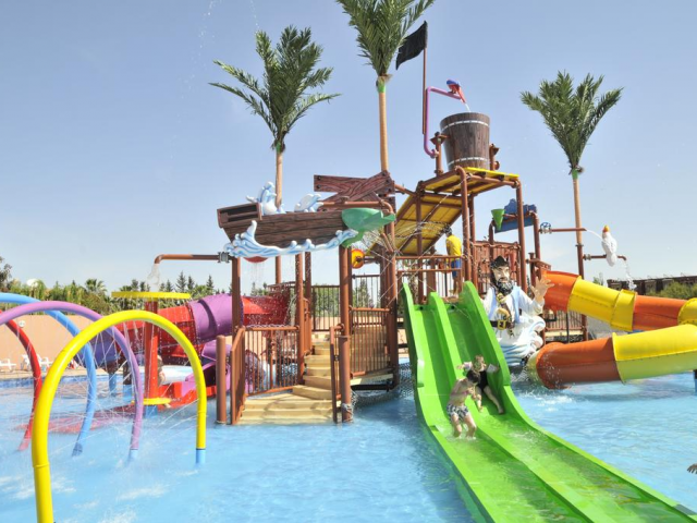 Marrakech: 5 Star All Inclusive w/ Aquapark