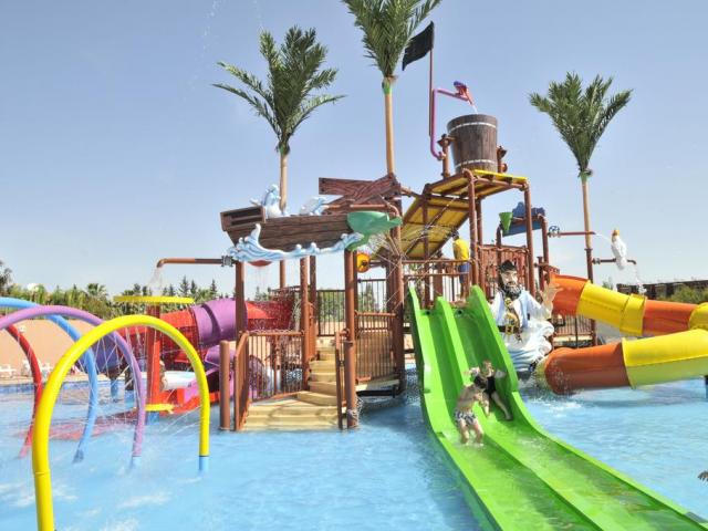 Marrakech: 5 Star All Inclusive w/ Aquapark